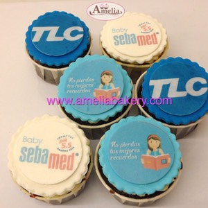 Cupcakes-decorados-fondant-corporativo-tlc-amelia-bakery-web