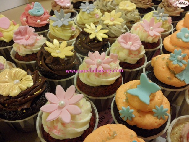 Cupcakes-decorados-fondant-11_water