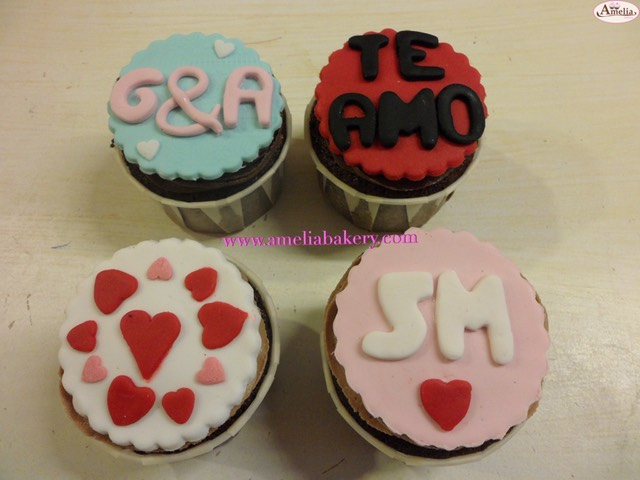 Cupcakes-decorados-fondant-12_water