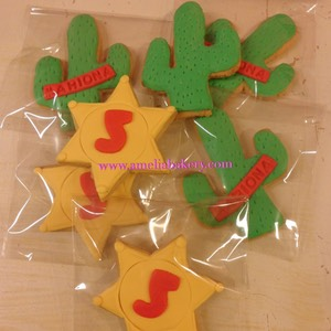 galleta-decorada-fondant-sheriff-cactus-amelia-bakery_water
