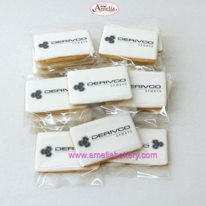 Galletas corporativas con logo derivco sports | Amelia Bakery