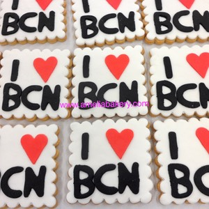 Galletas-decoradas-fondant-doraemon-amelia-bakery_water