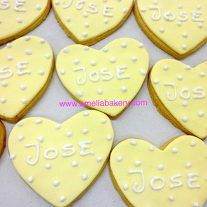 Galletas-decoradas-fondant-nombre2-amelia-bakery_water