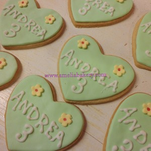 Galletas-decoradas-fondant-corazon-amelia-bakery_water