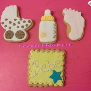 Galletas-decoradas-fondant-bebe-baby-shower-1-amelia-bakery_water