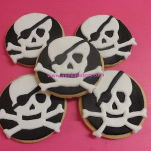Galletas-decoradas-fondant-Pirata-Amelia_water