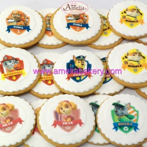 Galletas-decoradas-fondant-Minnie-Disney-amelia-bakery-web