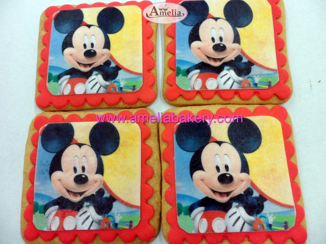 Galletas Decoradas Fondant Mickey Mouse Amelia Bakery