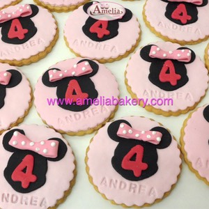 Galletas-Fondant-Minnie-mouse-Disney-amelia-bakery-web