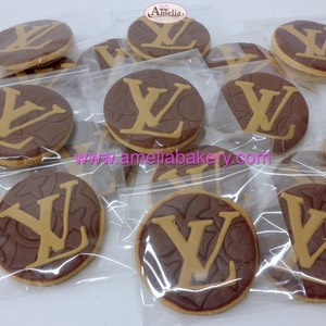 Galletas con logo Louis Vuitton | Amelia Bakery