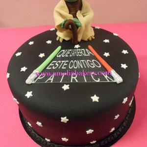 Pastel-tarta-decorada-fondant-Star-Wars-Yoda-Amelia-bakery_water