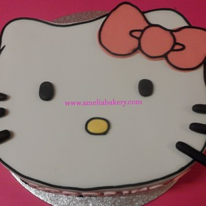 Pastel-tarta-decorado-fondant-hello-kitty-3_water