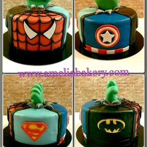 Pastel-tarta-decorado-fondant-superheroes_water