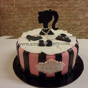 Pastel-tarta-decorado-fondant-fashion-amelia-bakery_water