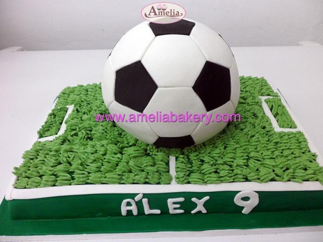 Pastel tarta fondant pelota campo futbol  37bbf5130ec33