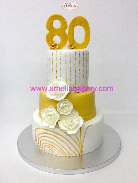 Tarta cumplea os 80 a os con flores amelia bakery for Decoracion 80 anos ipuc