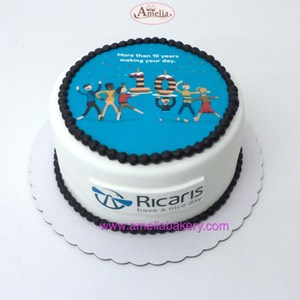 Tarta-corporativa-ricaris-oblea_web