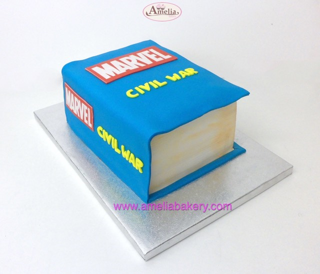 Tarta-fondant-libro-marvel-civil-war_web