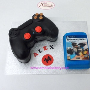 Tarta mando playstation 4 con juego overwatch
