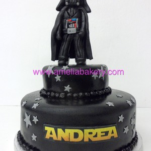 Tarta Star Wars Darth Vader 2 pisos www.ameliabakery.com