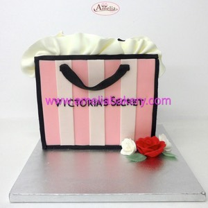 Tarta Victoria Secret shopping bag bolso | Amelia Bakery